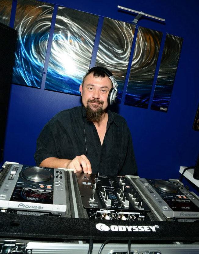 DJ at Infinity Lounge